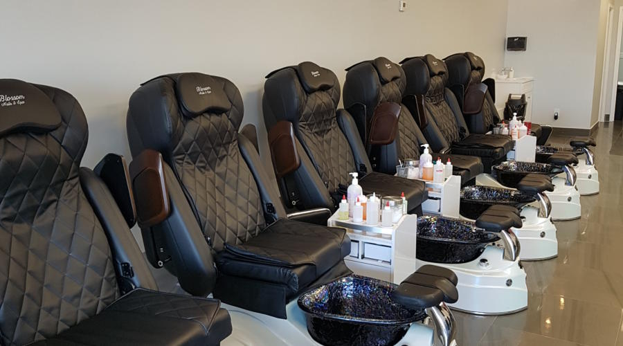 Blossom Nails & Spa is a new little gem on Fallowfield Road